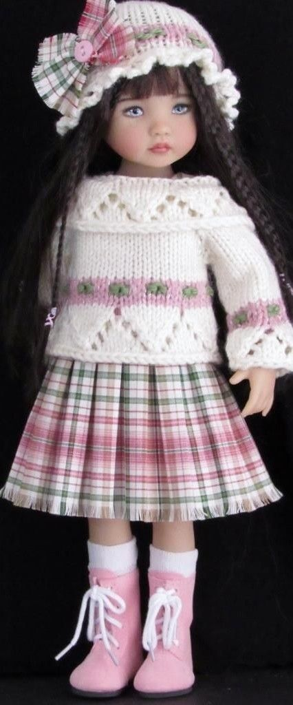 Plaid Skirt, Sweater anh Hat for Little Darling Effner