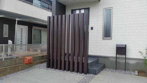 ガーデニング リフォーム|宮崎県 延岡市 Y様邸 玄関目隠し工事