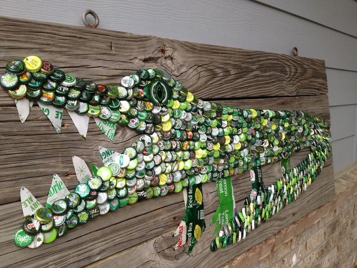 SOLD More art from THE White Florida Sun, Mexican Sea PROJECT | The Moore Family Folk Art folk art alligator florida vintage bottle caps and old vintage steel soda cans gator SOLD