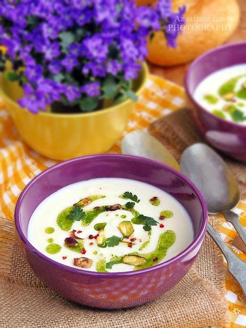 Az otthon ízei: Zellerkrémleves sült fokhagymával és petrezselyem olajjal