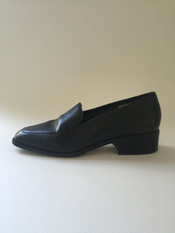 Vintage 90's dark navy loafer size US7/EURO by AllboyAllgirlShop
