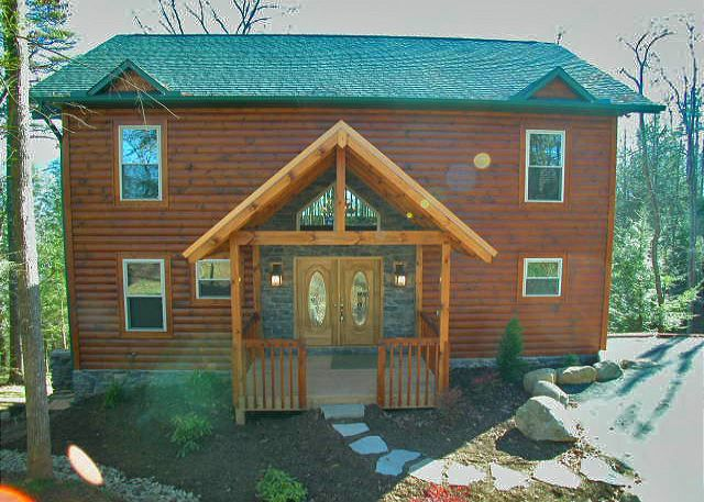 22 best 5 bedroom cabins in gatlinburg images on pinterest for 10 bedroom cabins in tennessee
