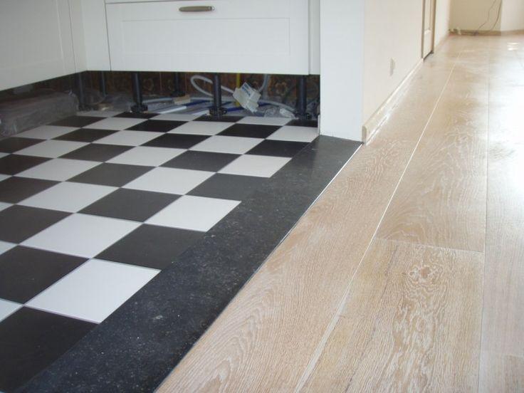 keuken wit houten vloer zwart wit tegels - Google zoeken