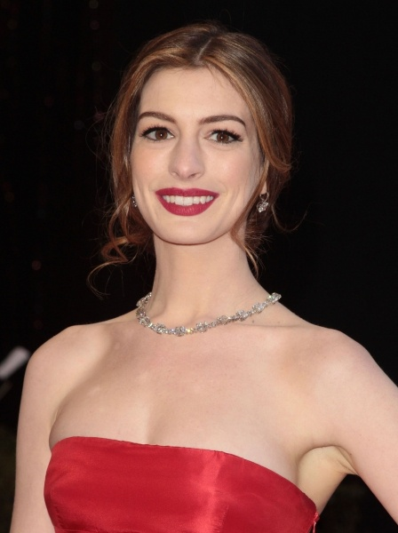 Anne Hathaway will play Fantine in the movie musical