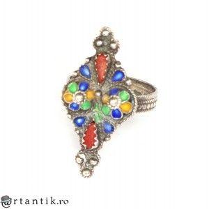 vechi inel etnic Kabyle. argint emailat