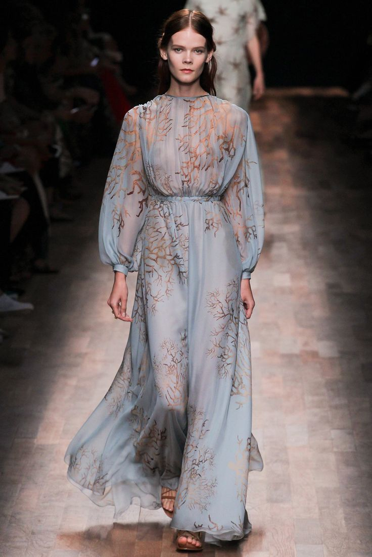 Valentino Spring 2015 Ready-to-Wear - Collection - Gallery - Look 69 - Style.com
