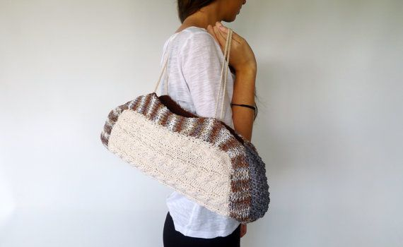 The up with the mixtures this summer hand knit beige by KEENbyAM, €72.60