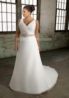 Grande taille col en V robe de mariée satin organza traîne chapelle perles