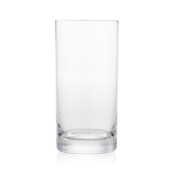 Straight-sided glass with a nice, sturdy sham serves up cocktails in classic style.GlassDishwasher-safeMade in Poland