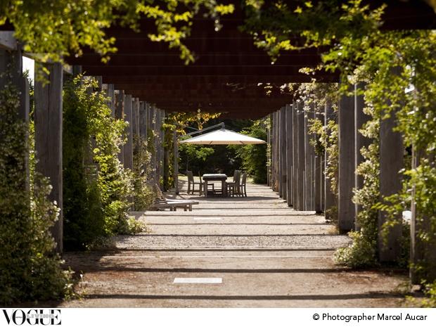 Perri Cutten's coastal garden