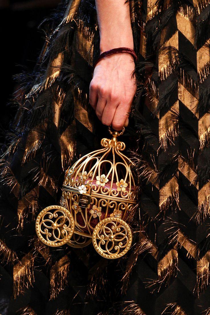 Dolce & Gabbana: Autumn-Winter 2016