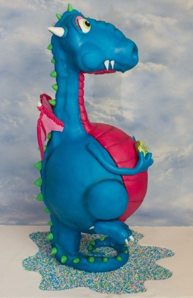 Cake Art Netherlands : Dragon cake. This is a workshop that Wendy Schlagwein ...