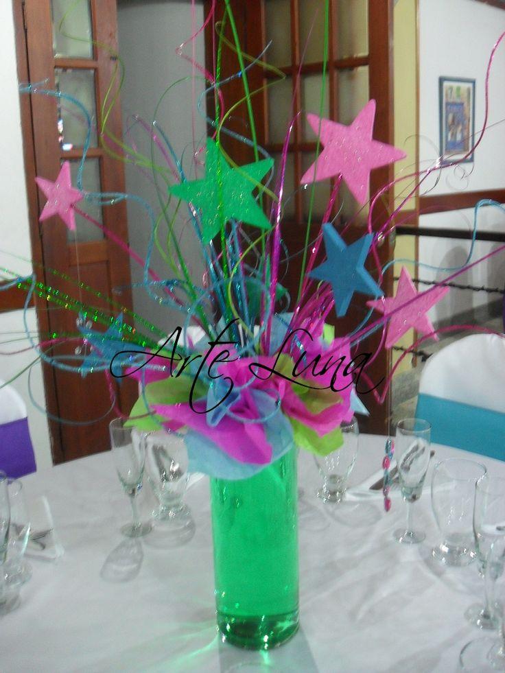 Decoraciones de 15 a os buscar con google decoracion pinterest neon neon party and fiestas - Decoraciones originales para casas ...