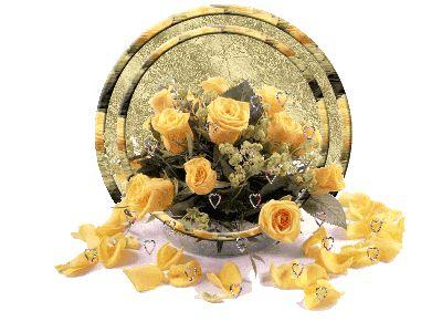 Váltakozó színű rózsa,Sárga rózsák szivekkel - gyönyörű gif kép,Nyíló sárga rózsa kézben - gyönyörű ,Napraforgók pillangókkal és madárral - ...