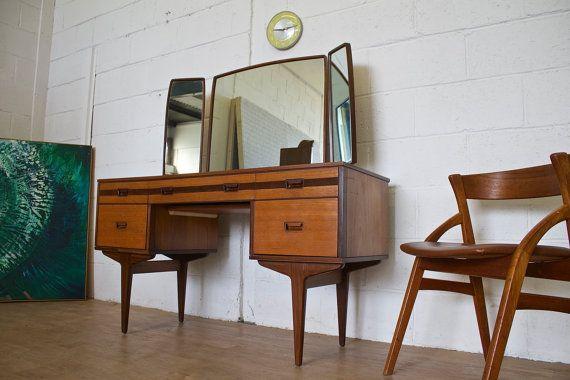 Mitte des Jahrhunderts Retro-dänischen Stil von RevoEvoFurnishings