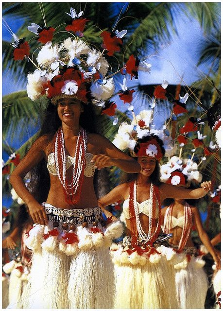 Traditional Polynesian Dances (by Striderv, via Flickr) #danceoutfits
