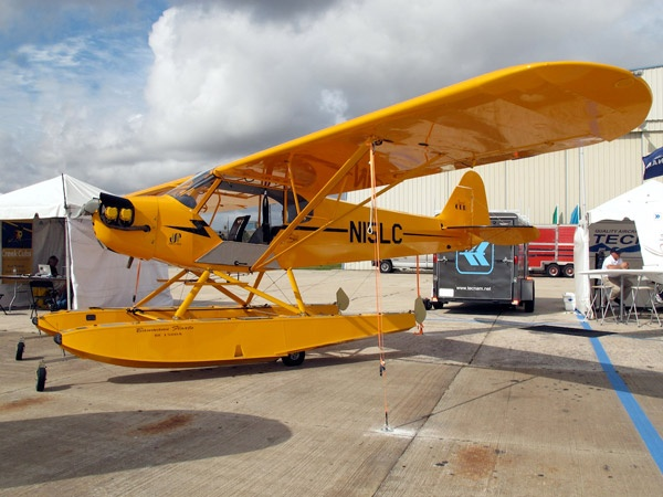 Big Thrills, Small Planes: The Best Light Sport Aircraft - Popular Mechanics