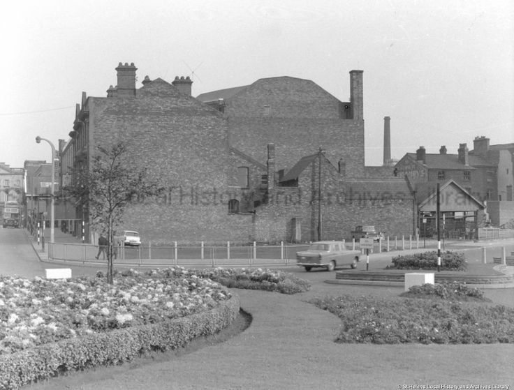 MCL/3/11 Black and white photograph showing the rear of the Savoy Cinema, Bridge Street, St.Helens. 1963. MCL - Clare Collection 3 - Black and white photographs and drawings of St.Helens.