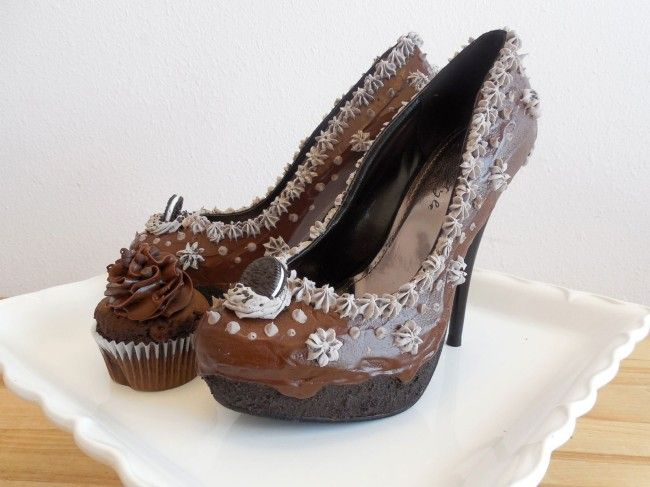 Those heels look shoe delicious! Orlando-based shoe company �The Shoe Bakery� creates footwear that are inspired by confectionary treats like ice cream, cupcakes, donuts, and cake. �My love for shoes came with the passion for being unique�, says founder Chris Campbell. �I love shoes and sweets so why not put them together?� As you can [�]