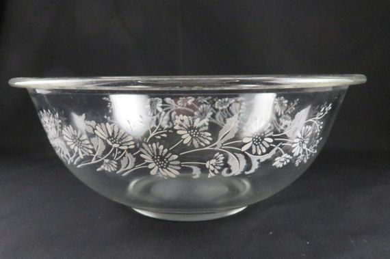 Pyrex Colonial Mist Transparant Mixing Bowl   325 by CheekyBirdy