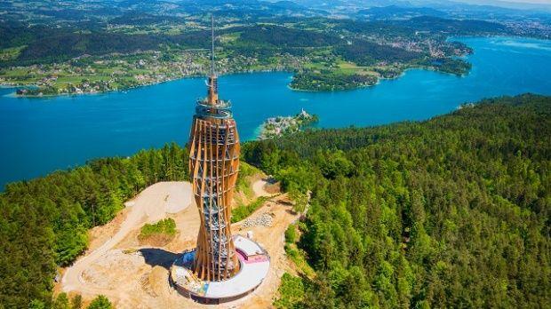 Vyhliadková veža Pyramidenkogel, jazero Wörthersee   KamKam.eu – turistika   cestovanie   výlet   lyžovanie   Rakúsko