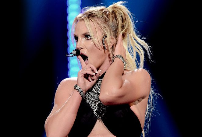 Britney Spears Belts Out Happy Birthday LIVE, And It's Everything – BreatheHeavy.com