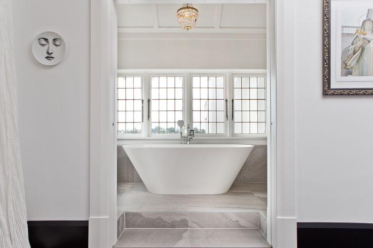 National Finalist 2014 ADNZ | Resene Architectural Design Awards - Designed by Allan McIntosh from Buildology #ADNZ #architecture #bathrooms