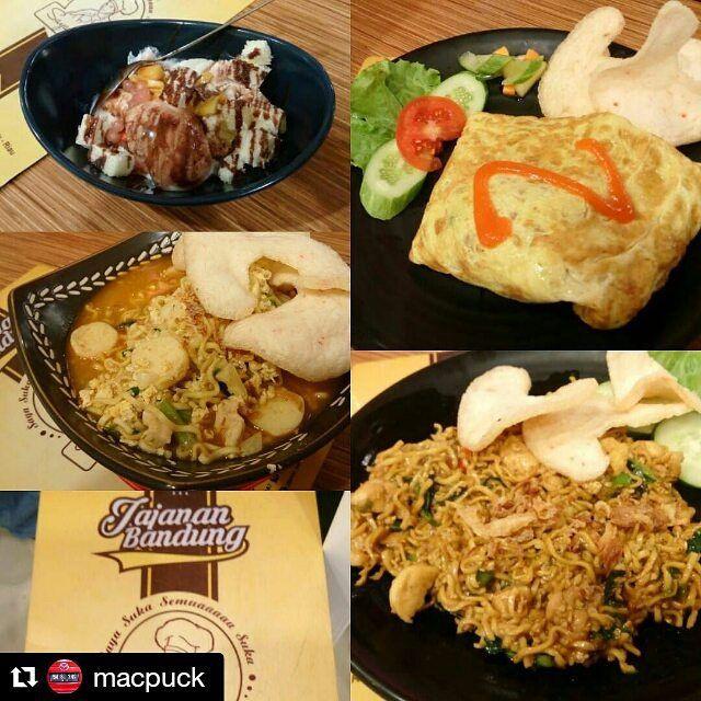 From: http://cemilan.larisin.com/post/137529388867/makan-malam-nyobain-menu-mie-tek-tek-nasi-goreng