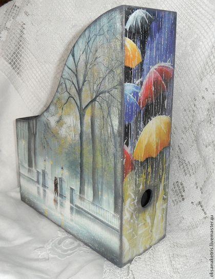 Журнальницы ручной работы. Журнальница Город, дождь, нас двое.... Оксана Ketris. Ярмарка Мастеров. Журнальница газетница, деревянная журнальница