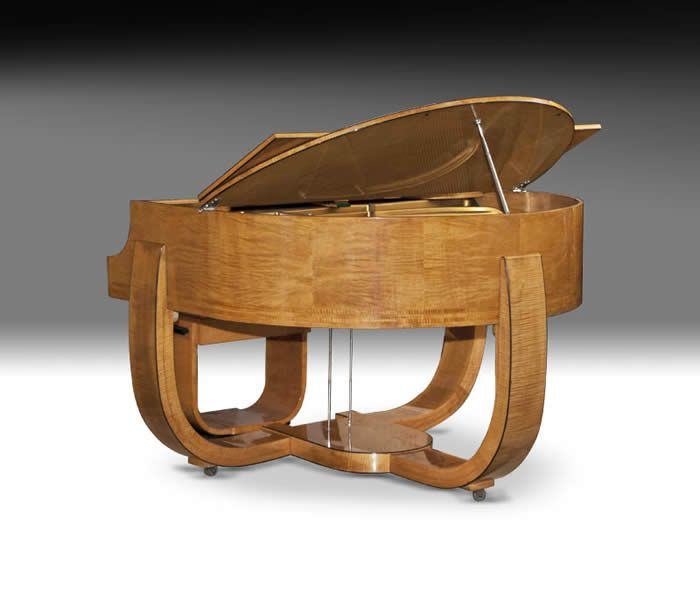 Strohmenger Art Deco Piano, 1930... I don't love it, but it reminds me that we can make changes to everyday objects in a very creative way without losing their function!