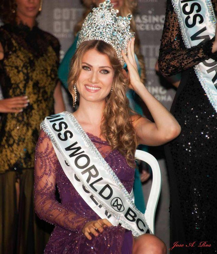 spain miss world 2015 -  https://en.wikipedia.org/wiki/Mireia_Lalaguna