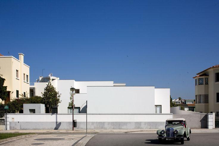 Álvaro Siza Armanda Passos House - 2005. Image © Fernando Guerra | FG+SG