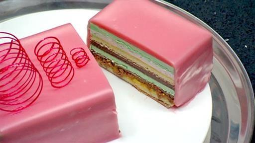 Lolly Bag Cake -  Holy crap, this looks amazing. I knew I had to make it when I saw it on Masterchef Australia!