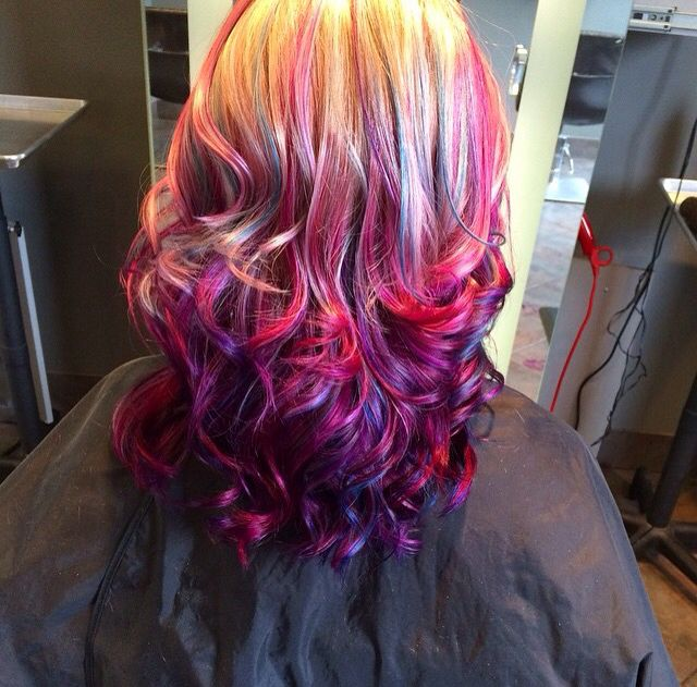 Beautiful purple pink and blue Ambre hair. I love this so much! I wish I could keep it honestly lol aha #cutehair#color#ambre