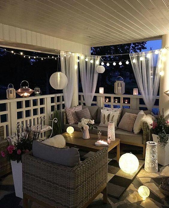 28 Beautiful, Modern Scandinavian Home Decorations – Balcony Concept