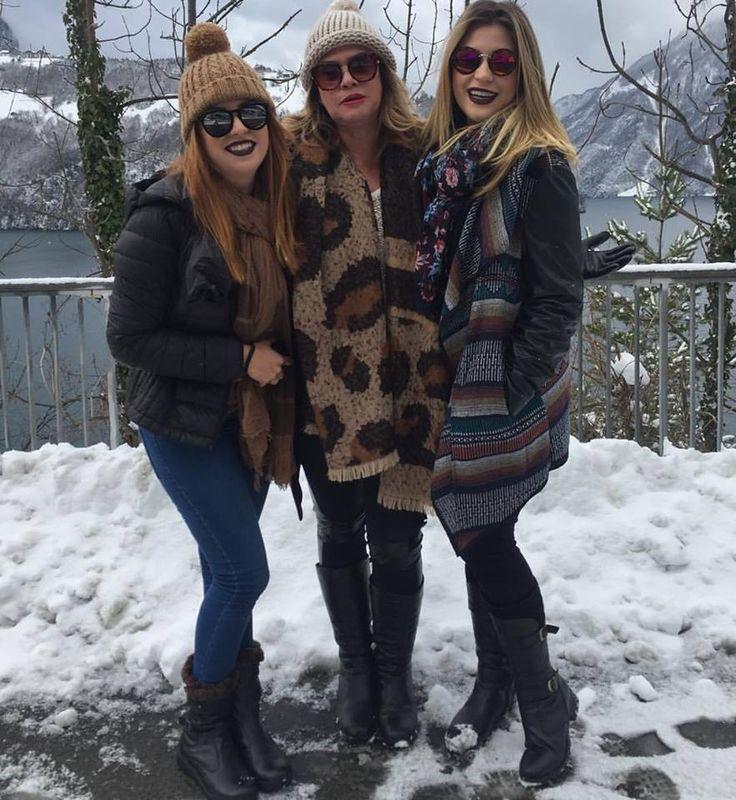 As blogueiras #FabiSantina  #MarisaSantina e #NiinaSecrets com botas #Fiero na Suíça.  #SouFiero