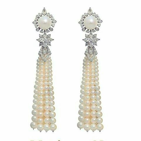 Maximilianlondon.  Romantic pearls and diamonds cascade earrings. Timeless glamour. Vintage glamour. #southseapearls #rarepearls #rare #pearls #fabulousearrings  #orientalessences #orientalbeauty #orientalatmosphere #magnificent