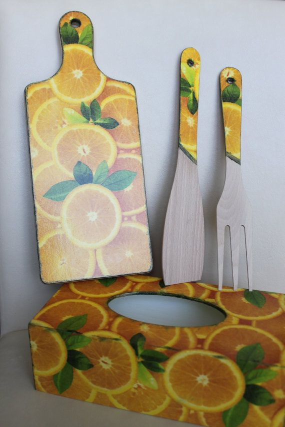 Orange Wooden Chopping Board and Utensils por Jurosihandmade
