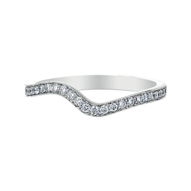 世界最大のダイヤモンド専門会社・デビアス(DE BEERS)。 ゴールドやプラチナなども上質な素材を使用しており、マリッジリング、エンゲージメントリングでも人気の高いブランドです。 もっと詳しく⇒ https://ureruyo.com/houseki/brand-jewelry/debeers/ring/
