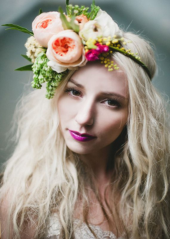 Dramatic floral headpiece | Floral Design by Tinge, Photography by Blush Photography