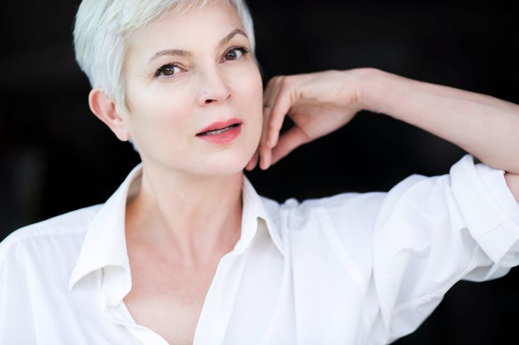 Chatting With Sherri is happy to welcome back Highlander Star, writer and producer Elizabeth Gracen 4/13/2017 10:30 AM PT http://www.blogtalkradio.com/rithebard/2017/04/13/i-am-happy-to-welcome-back-actor-writer-and-producer-elizabeth-gracen