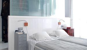 Un dormitorio en la buhardilla con zona de estar, cuarto de baño completo, un despacho y, por supuesto, la zona de descanso.