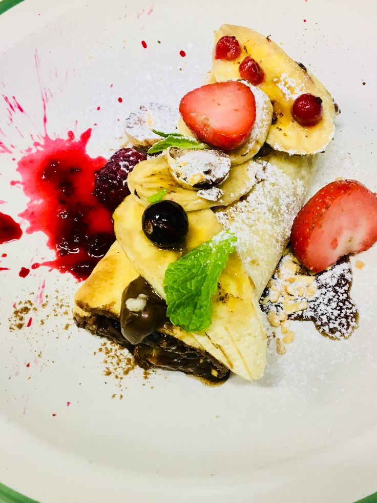 Banans,cremy chocolate, fruits