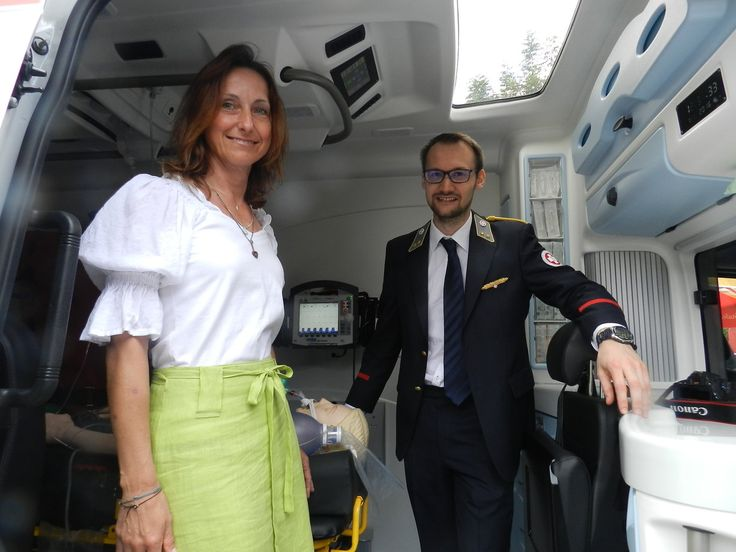 Samariterbund Altlengbach ließ neuen Rettungswagen segnen - - Wienerwald/Neulengbach - meinbezirk.at