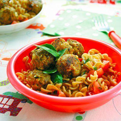 Lamb & feta meatballs with pasta salad.  500g lamb mince