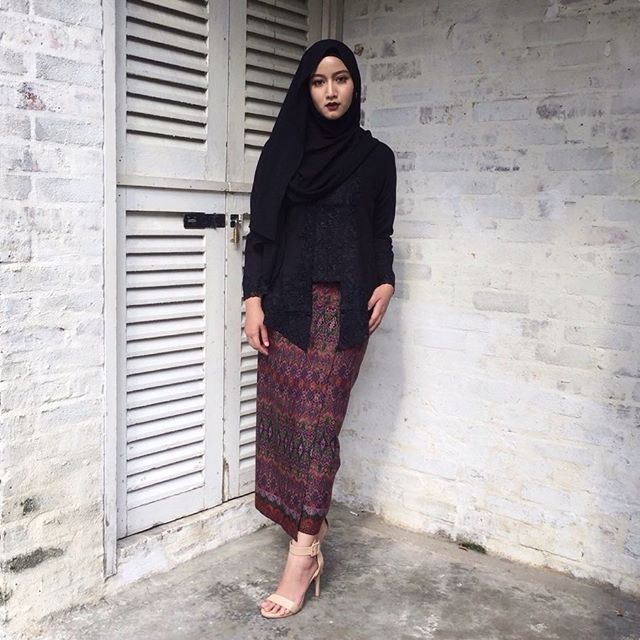 You all know i love to wear black but nothing beats this black kebaya  Check…