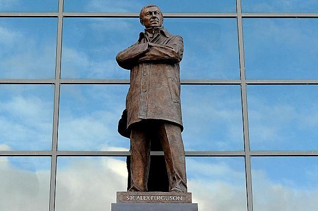 La statua di Sir Alex Ferguson all'Old Trafford