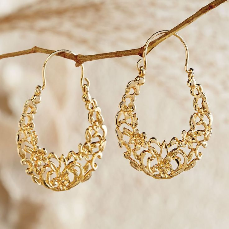 31 best Earrings I saw that girl wearing images on Pinterest ...