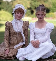 Real life mother and daughter: Joanna David (Mrs. Gardiner) & Emilia Fox (Georgiana Darcy) - Pride and Prejudice directed by Simon Langton (TV Mini-Series, BBC, 1995) #janeausten