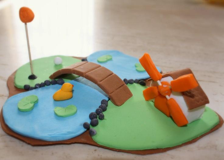 Mini Golf, fondant cake topper.